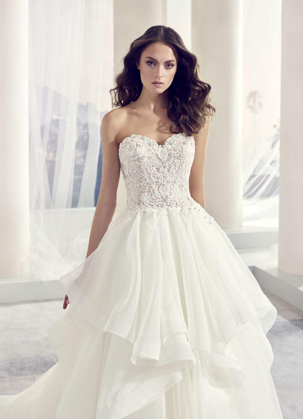 e6dde07776 Menyasszonyi ruha - Brill esküvőiruha szalon Debrecen